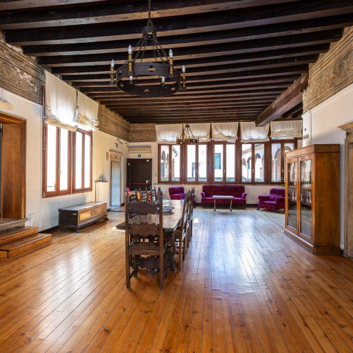 Palazzo Folco - Il salone ai giorni nostri