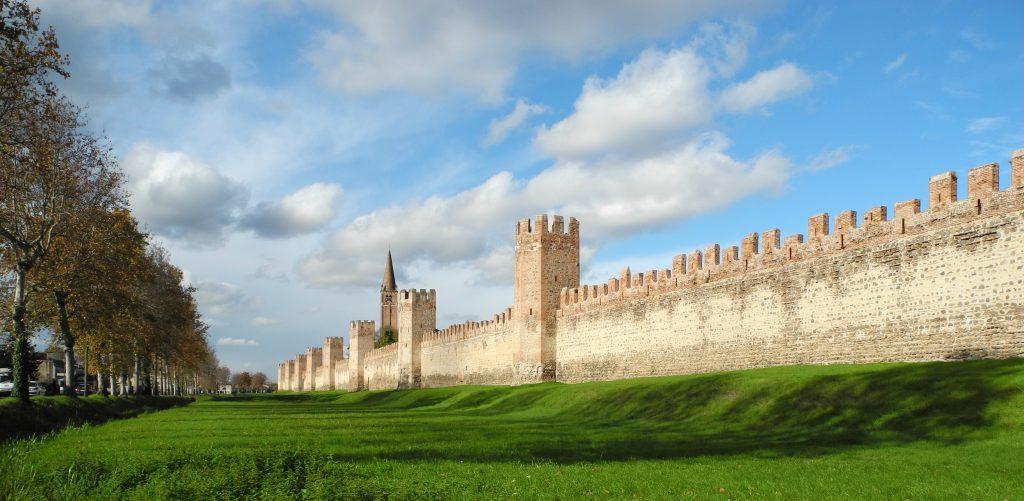 Al via il restauro del tratto nord delle mura di Montagnana (Pd)